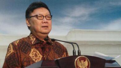 Photo of Klaster Penularan COVID-19 Kantor Pemerintahan Tinggi, Tjahjo Kumolo Beri Pesan Monohok