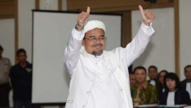Photo of Habib Rizieq Dikabarkan Pulang ke Tanah Air Bulan Depan