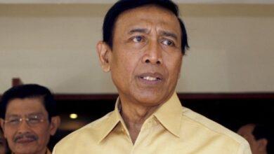 "Photo of Soal Konflik Hanura Yang Gaduh, Wiranto: ""Enggak Usah Dibikin Ribut"""
