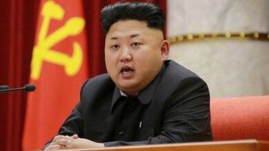 Photo of Sambil Ngomong Besar, Kim Jong Un Klaim Korut Berhasil Atasi Virus Corona