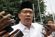Photo of Ridwan Kamil Minta Jokowi Terbitkan Perppu Omnibus Law UU Cipta Kerja