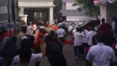 Photo of Peserta Aksi Unjuk Rasa Rusuh di Kemendagri