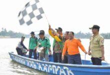 Photo of Meriahkan Hari Jadi ke 68, Kabupaten Kampar Gelar Perlombaan Pacu Sampan