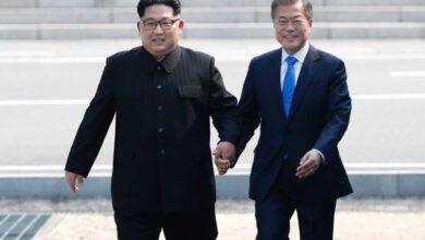 Photo of Kim Jong-un dan Moon Jae-in Teken Kesepakatan Damai Tahun Ini