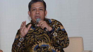 Photo of Prabowo Siap Berikan Lahan, Fahri Tantang Jokowi Teken Perppu