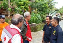 Photo of Relawan Gema KNCI dan Sigab Persis Gerak Cepat Bantu Korban Tsunami Banten