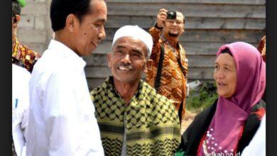 Photo of Cerita Ayah Angkat di Aceh tentang Keislaman Jokowi