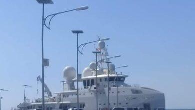Photo of Bawa Kapal Pesiar Mewah, Emir Qatar Berlibur Ke Maumere