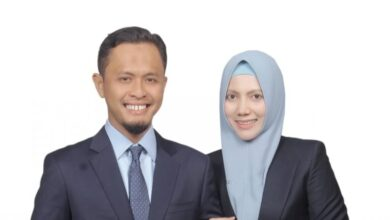 Photo of Pasangan Suami Istri Dari Demokrat dan Golkar Dilantik Jadi Anggota DPRD RIAU