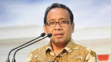 Photo of Pemerintah Minta Rakyat Indonesia Kibarkan Bendera Setengah Tiang