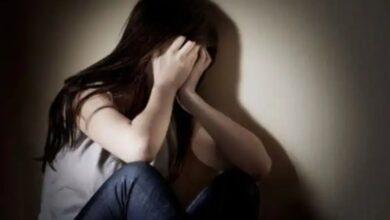 Photo of Satu dari 16 Perempuan Mengalami Seks Pertama Kali Karena Diperkosa
