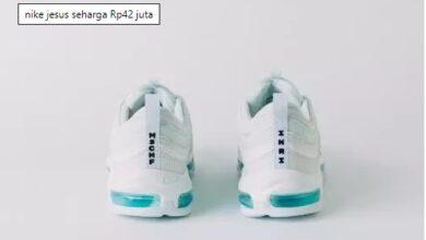 Photo of Nike Rilis Sepatu Yesus Dengan Harga 42 Juta Rupiah, Mau Beli?