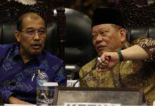 Photo of DPD RI Sarankan Pemerintah Beri Kewenangan Pemda Tangani Covid-19, Kecuali DKI Jakarta