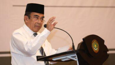 Photo of Menag Fachrul Razi: Silahkan Tanya Kepala BNPT Ya soal Bom Bunuh Diri Medan