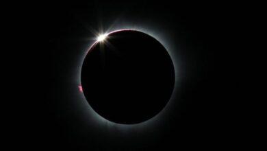 Photo of 2023, Gerhana Matahari Total Melintasi Indonesia Timur