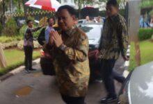 Photo of Hadiri Open House Natal, Prabowo Buat Luhut Tersanjung
