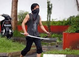 Photo of Gara-Gara Main Caplok Tanah Orang, Wayan Ana Terpaksa Lawan 100 Orang Bersenjata