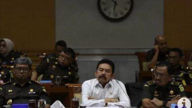 Photo of Komisi III DPR Minta Kasus Jiwasraya Cepat Diselesaikan dengan Kepastian Hukum