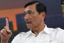 Photo of Desak Tito, Menteri Luhut Minta Kepala Daerah Tidak Tutup Bandara dan Pelabuhan