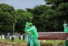 Photo of Benarkah Satu Keluarga di Surabaya Meninggal karena Positif Covid-19?