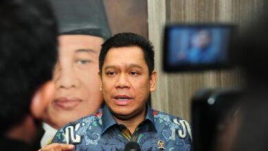 Photo of Fraksi Golkar Dukung Penuh Jokowi Terbitkan Perppu Covid-19, Kalian yang Tak Setuju Mau Apa?