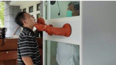 Photo of Hebat..! Dosen UGM Ciptakan Bilik Swab untuk Tenaga Medis Corona
