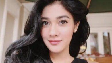 Photo of Dikabarkan akan Mualaf, Netizen Berharap Naysila Mirdad Pertahankan Keyakinannya