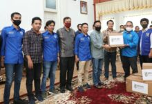 Photo of Kunjungi Bantaeng, Legislator DPR RI Beri Bantuan APD