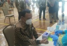 Photo of Sambut New Normal, 2.000 Pegawai KPK Ikuti Rapid Test