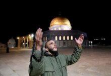 Photo of Umat Islam di Palestina Sambut Gembira Dibukanya Kembali Masjid Al-Aqsa
