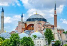 Photo of Sejarah Hagia Sophia: Simbol Keagamaan hingga Politik di Negara Turki