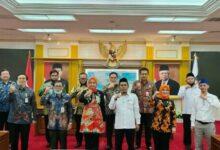Photo of Alhamdulillah.. DPD RI Tuntas Kawal Mediasi Bupati-DPRD Jember