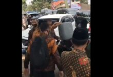 Photo of Ini Penjelasan Mobil Dinas Cadangan Wapres Ma'ruf Amin yang Isi Bensin di Pinggir Jalan