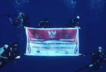 Photo of Unik, KKP NTT Cabang Alor Ucapkan Dirgahayu RI ke-75 di Dasar Laut SAP Selat Pantar