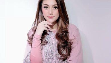 Photo of Ucapan Celine Evangelista Bismillah di Instagram, Bikin Yang Mulia Netizen Kepo