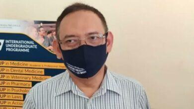 Photo of Rektor Unair Sebut Obat Penawar COVID-19 Tinggal Tunggu Izin Produksi dari BPOM
