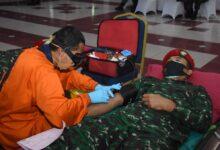 Photo of Peringati HUT ke- 75 TNI, Kopassus Bersama PMI Gelar Donor darah