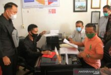 Photo of Lawan KPU, Paslon Agusrin-Imron Resmi Daftarkan Gugatan ke Bawaslu Bengkulu