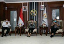 Photo of HUT DPD RI ke-16, Puan Maharani: Kita Harus Bergotong Royong dalam Melaksanakan Mandat Rakyat