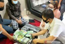 Photo of Polisi Ungkap Sekoper Sabu dan Ekstasi di Apartemen Mewah Kawasan Cawang