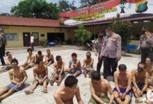 Photo of Cegah Penyebaran Covid-19, Seluruh Tahanan Polsek Medan Dijemur di Tempat Panas